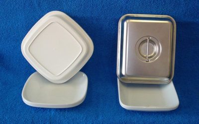Porcelain Entrée Plates & Covers